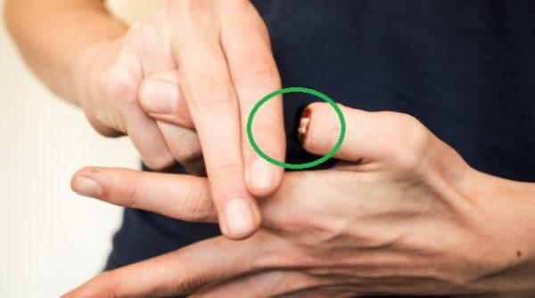 How to do Thumb tricks